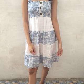 Dress warna denim muda