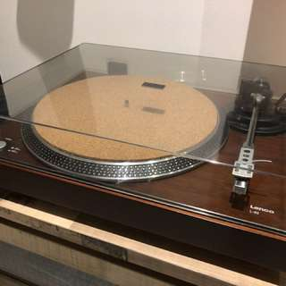 Lenco L90 USB Turntable