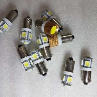 BULBS For Ba9s type