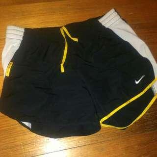 Nike Small Shorts