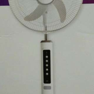 Firefly Multifunction Stand Fan Led 16""
