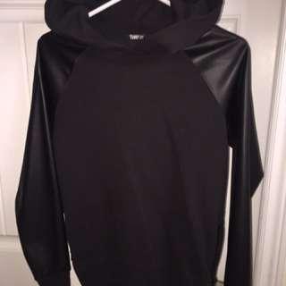 TNA hoodie - Aritzia