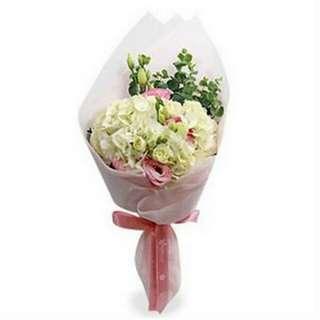 Valentine Kiss Bouquet V104 - Yehvo