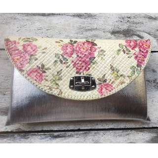 ( NEW ) PARTY CLUTCH