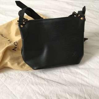 Louis Vuitton Bag *New Condition*