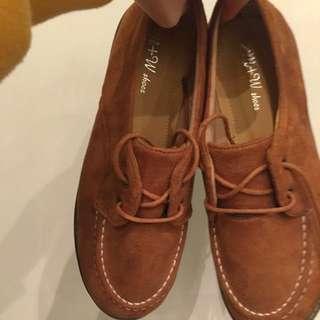 厚底 啡色絨面 紳士鞋