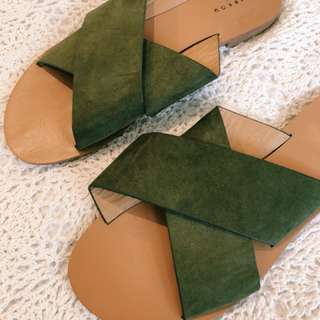 KHAKI CROSS SLIDES