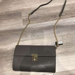 F21 bag with chain