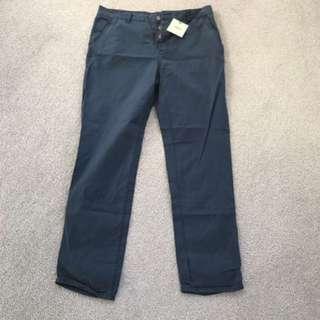 ASOS Men's Chinos brand new Size 34