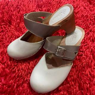 Kloom Wooden Clogs size 37