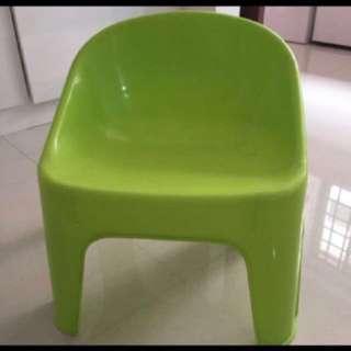 Preloved Children plastic chair