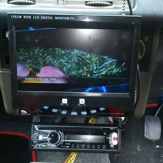 Dvd /radio/usb player and 7inch monitor
