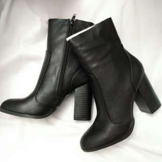 NEW Fauz Leather Booties