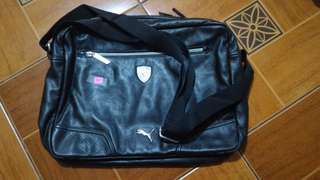Ltd. Edition PUMA by Ferrari messenger bag 13x18x4