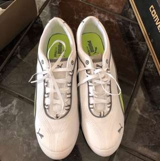 Size 7.5 white green puma shoes