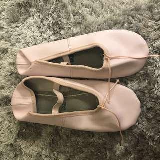🚚 芭蕾舞鞋