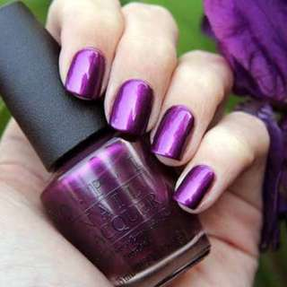 NEW OPI Purple Nail Polish in Suzi and the 7 Dusseldorfs shade