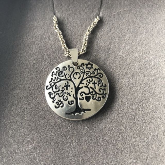 $10 tree of life necklace