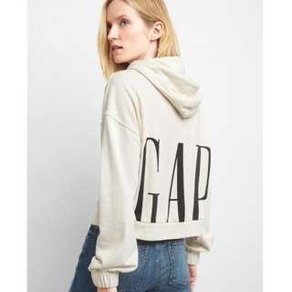 Gap歐美休閒短版長袖帽T背後大品牌LOGO米白