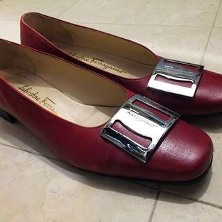 Salvatore Ferragamo red classic shoes 👠