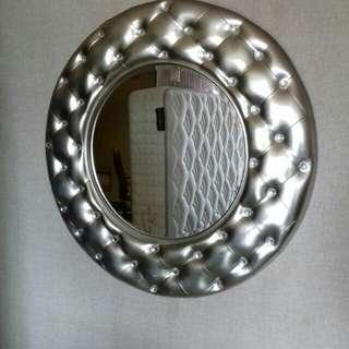 Cermin hias