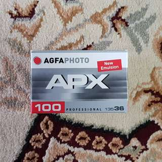 Agfa APX 100 Black & White Fresh Film ( iso 100 ) 35mm 135 format