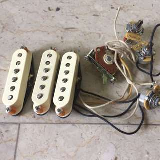 Fender American Hot Rod Vintage Stratocaster Single coil Electric Guitar Pickups with Original pots & Switch
