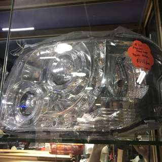 Last set Toyota Hiace projector head lamp