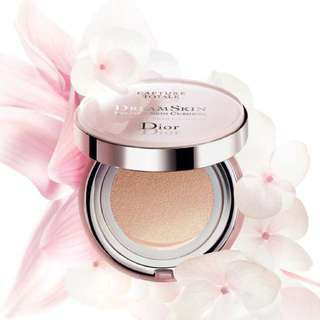 Dior Capture Totale Dream Skin Perfect Skin BB Cushion SPF50 PA+++ 025