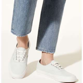 Vans Authentic Leather Sneakers