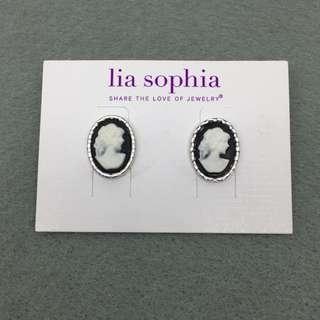 Lia Sophia Sample Earrings 浮雕復古耳環