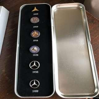 Mercedes classic pin set