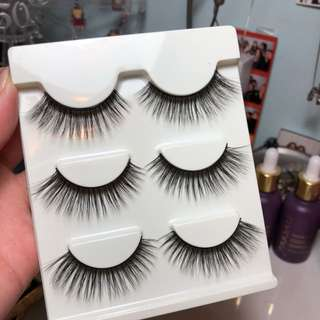 set of three false lashes