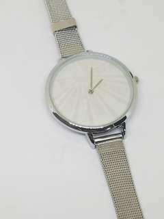 Womens fashionable watch