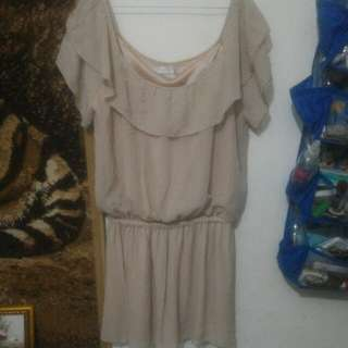Dress sabrina leher lebar