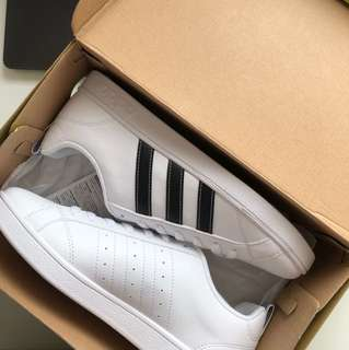 Adidas sneaker black stripes Authentic New With Tags