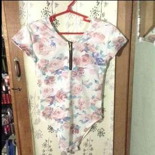 REPRICED!! Floral Bodysuit 😍