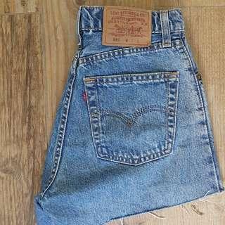 Levi's denim distressed shorts