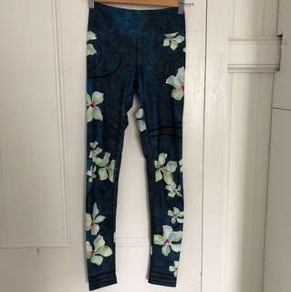Dharma Bums high waisted full length leggings sports yoga gym print green flowers s 8 made in Australia green emerald green high waist
