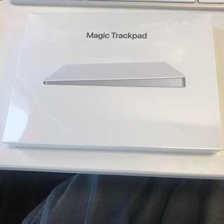 100%全新Brand New Apple Track Pad 2, 原價港幣988,現售港幣680。Original price HKD988 now Selling HKD680