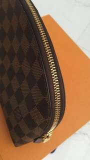 Authentic Louis Vuitton GM make up cosmetic bag