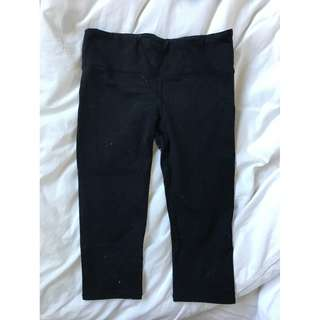 Cotton On Body Black 3/4 Leggings Size Small With Pocket