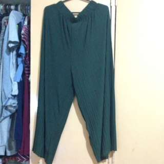 Army green square pants