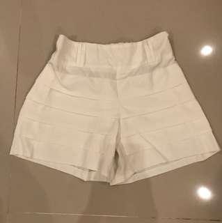 Short Pant White