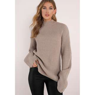 BNWT Tobi Taupe Knitted Distressed Flare Sleeve Jumper Size Small