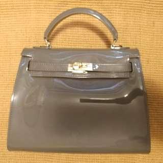 Bag of Parody Jelly Grey 全新