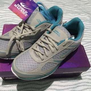 World Balance Running Shoes