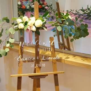 Wedding Props / Event Props / Easel Stand / Wedding Signs / Fresh Flowers / Fairy Lights