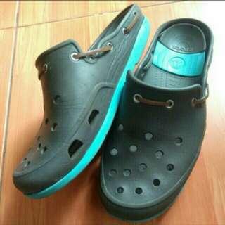 crocs size 44