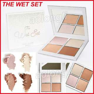 Kylie the wet set pressed illuminating powder holiday edition